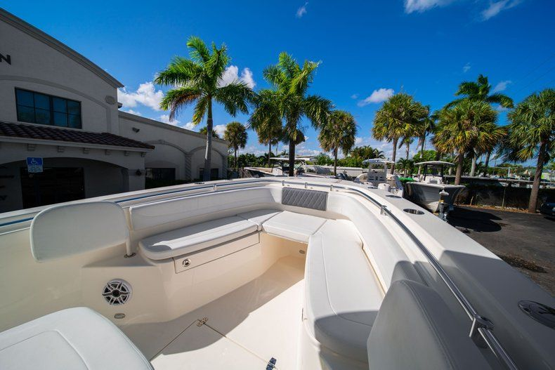 Image 30 for 2020 Cobia 262 CC Center Console in West Palm Beach, FL