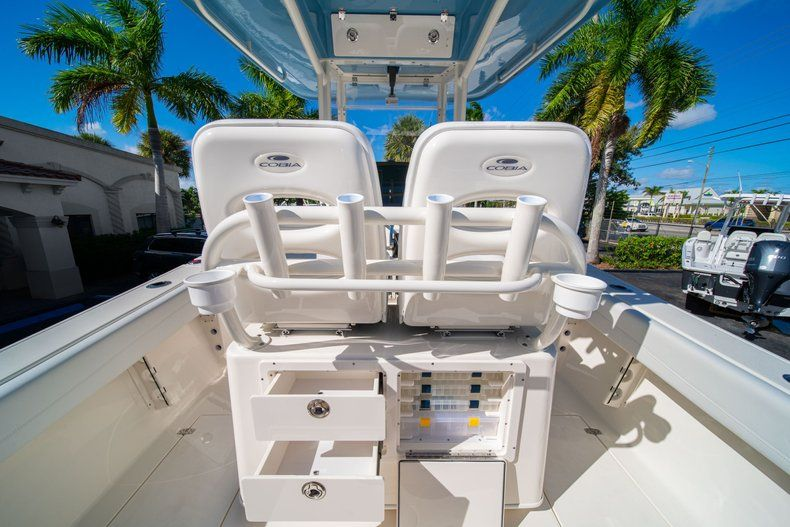 Image 18 for 2020 Cobia 262 CC Center Console in West Palm Beach, FL