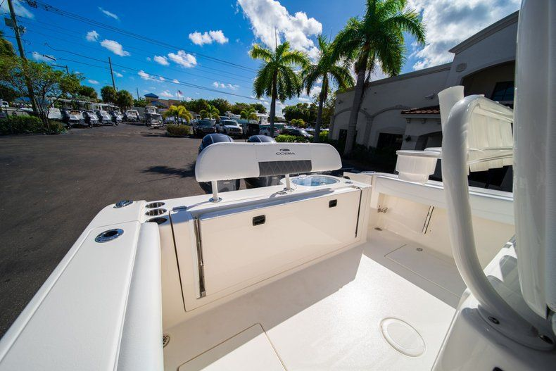 Image 10 for 2020 Cobia 262 CC Center Console in West Palm Beach, FL