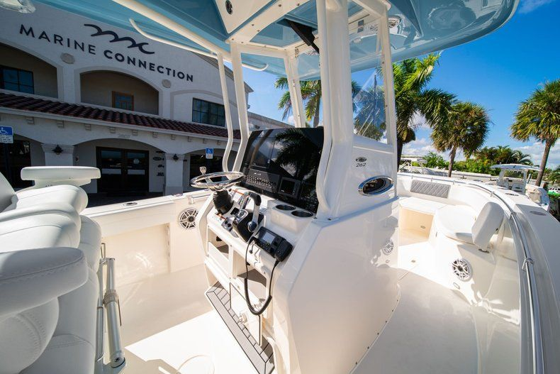 Image 19 for 2020 Cobia 262 CC Center Console in West Palm Beach, FL
