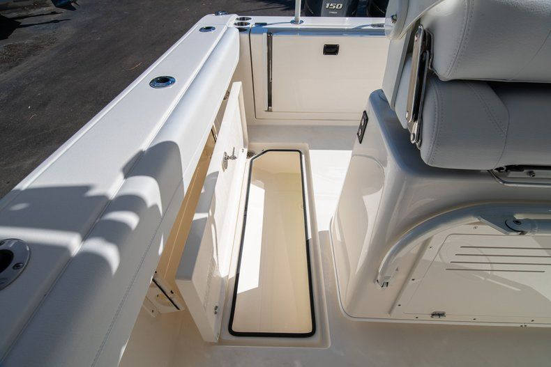 Image 15 for 2020 Cobia 262 CC Center Console in West Palm Beach, FL