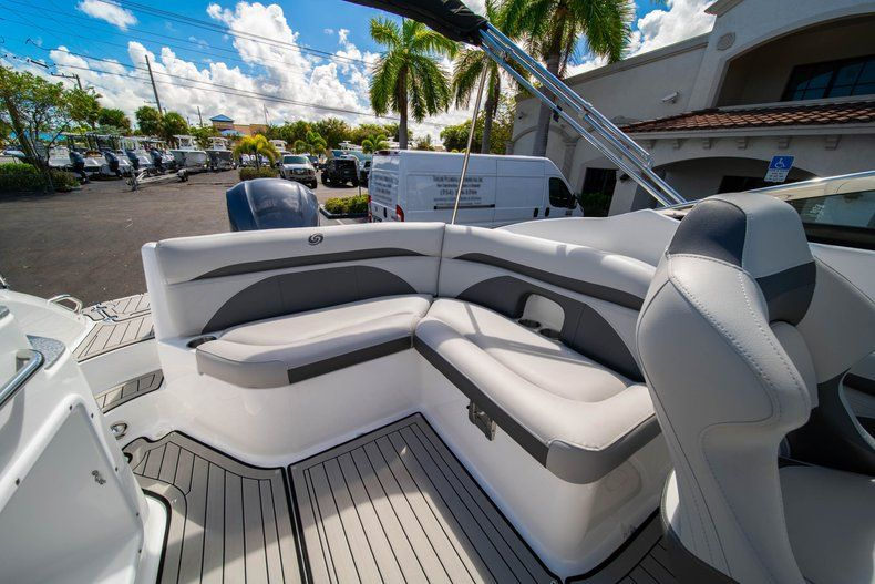 Thumbnail 10 for New 2020 Hurricane SD 2400 OB boat for sale in West Palm Beach, FL