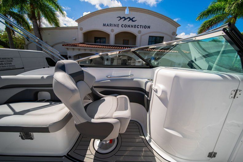 Thumbnail 18 for New 2020 Hurricane SD 2400 OB boat for sale in West Palm Beach, FL