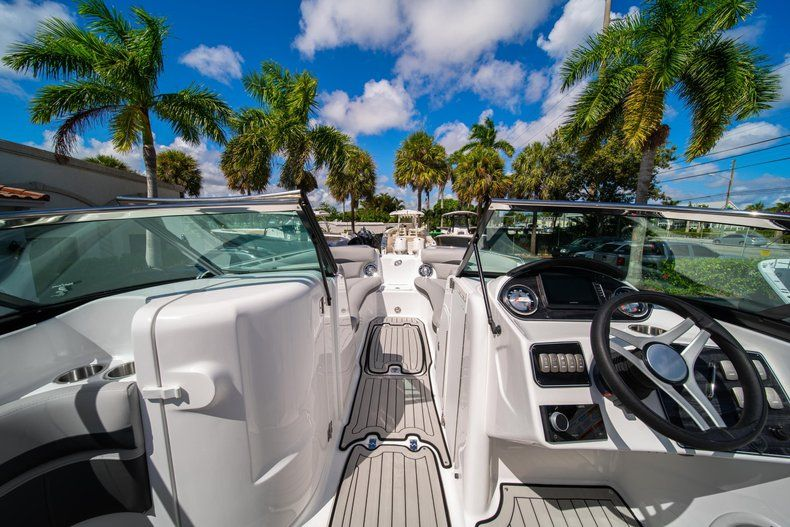Thumbnail 23 for New 2020 Hurricane SD 2400 OB boat for sale in West Palm Beach, FL
