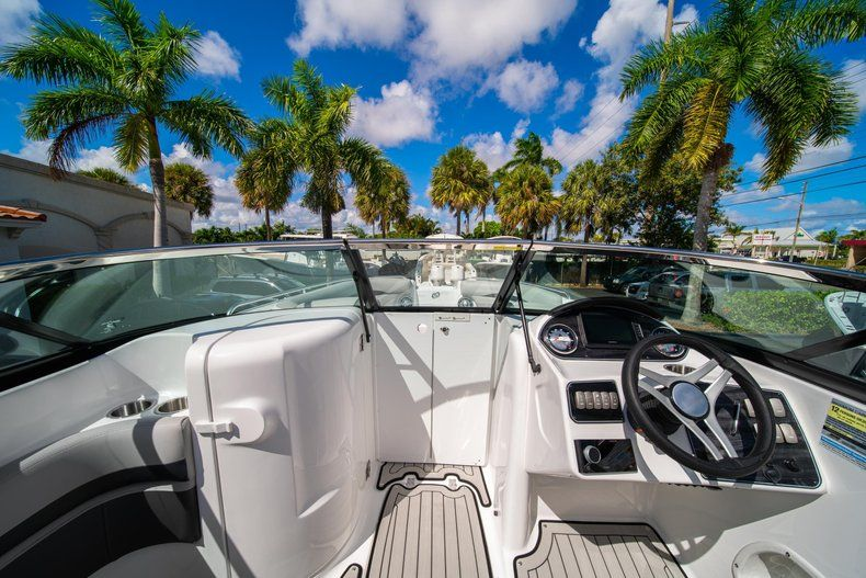 Thumbnail 24 for New 2020 Hurricane SD 2400 OB boat for sale in West Palm Beach, FL