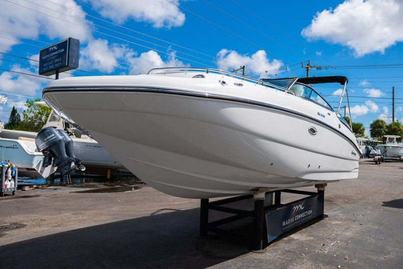 Thumbnail 3 for New 2020 Hurricane SD 2400 OB boat for sale in West Palm Beach, FL