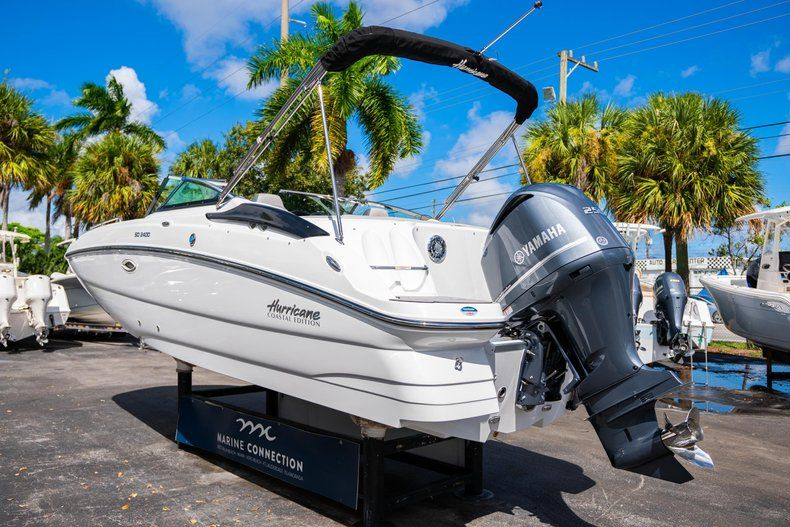 Thumbnail 5 for New 2020 Hurricane SD 2400 OB boat for sale in West Palm Beach, FL