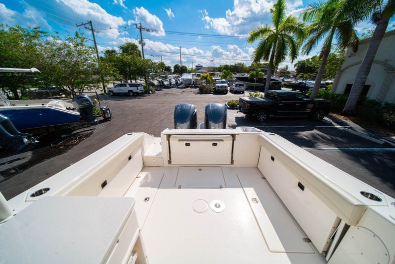 Thumbnail 7 for New 2020 Cobia 280 DC Dual Console boat for sale in Fort Lauderdale, FL