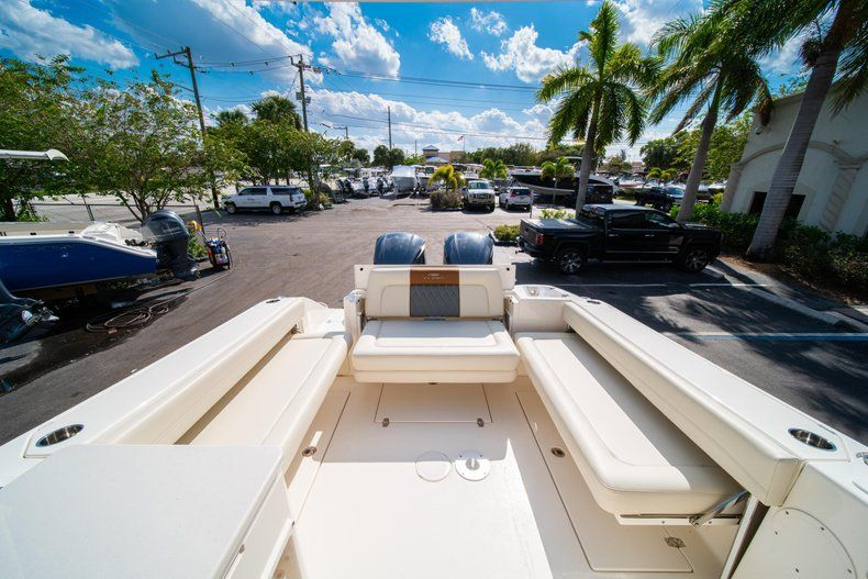 Thumbnail 8 for New 2020 Cobia 280 DC Dual Console boat for sale in Fort Lauderdale, FL