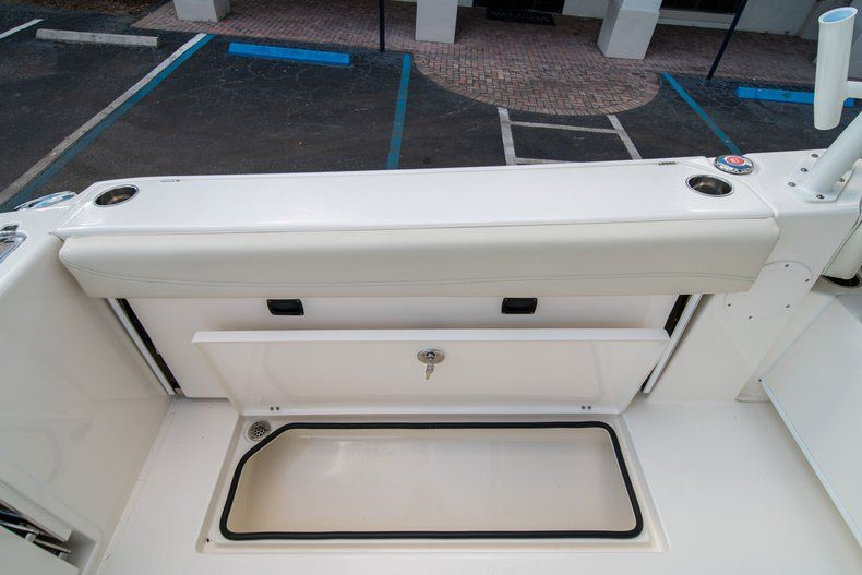 Thumbnail 19 for New 2020 Cobia 280 DC Dual Console boat for sale in Fort Lauderdale, FL