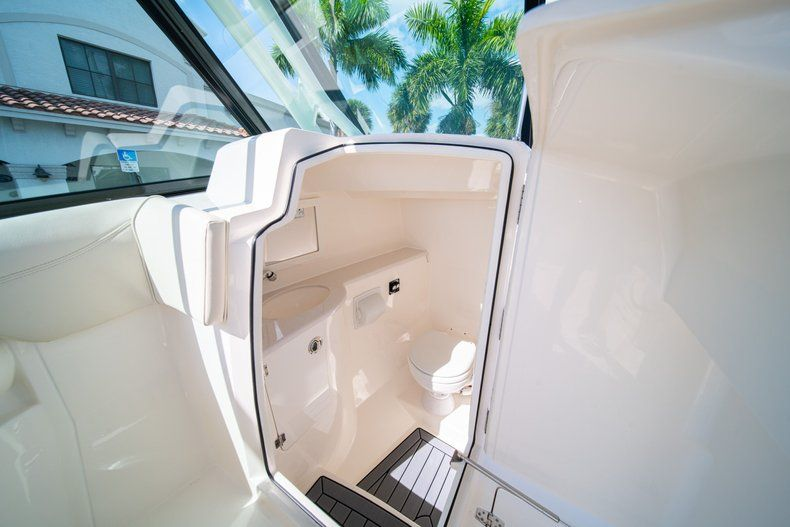 Thumbnail 28 for New 2020 Cobia 280 DC Dual Console boat for sale in Fort Lauderdale, FL