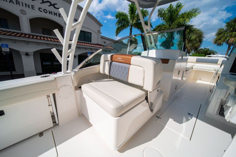Thumbnail 25 for New 2020 Cobia 280 DC Dual Console boat for sale in Fort Lauderdale, FL