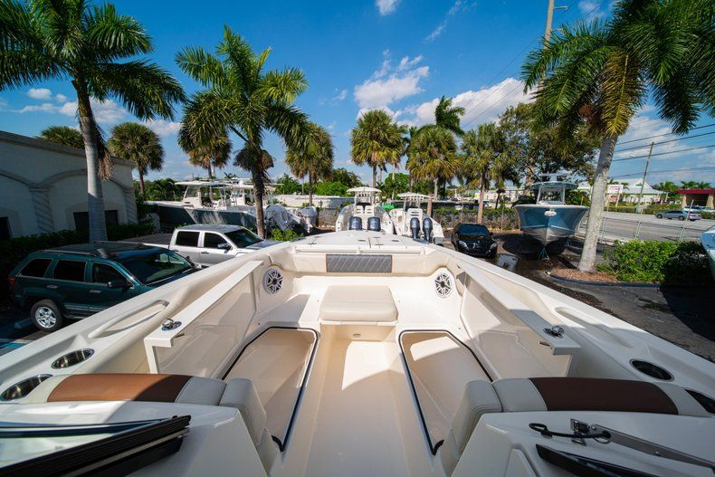 Thumbnail 43 for New 2020 Cobia 280 DC Dual Console boat for sale in Fort Lauderdale, FL