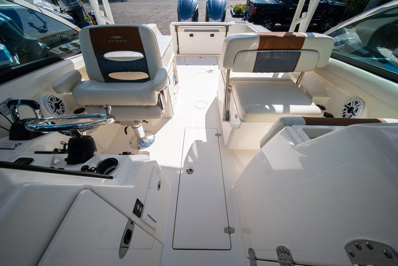 Thumbnail 34 for New 2020 Cobia 280 DC Dual Console boat for sale in Fort Lauderdale, FL