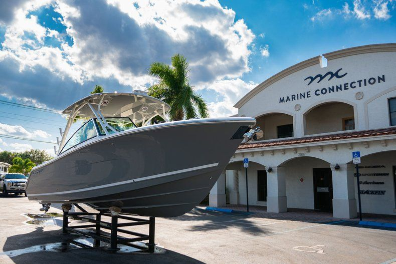 Thumbnail 1 for New 2020 Cobia 280 DC Dual Console boat for sale in Fort Lauderdale, FL