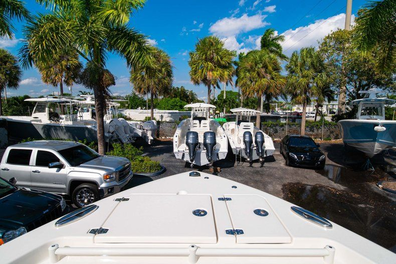 Thumbnail 44 for New 2020 Cobia 280 DC Dual Console boat for sale in Fort Lauderdale, FL