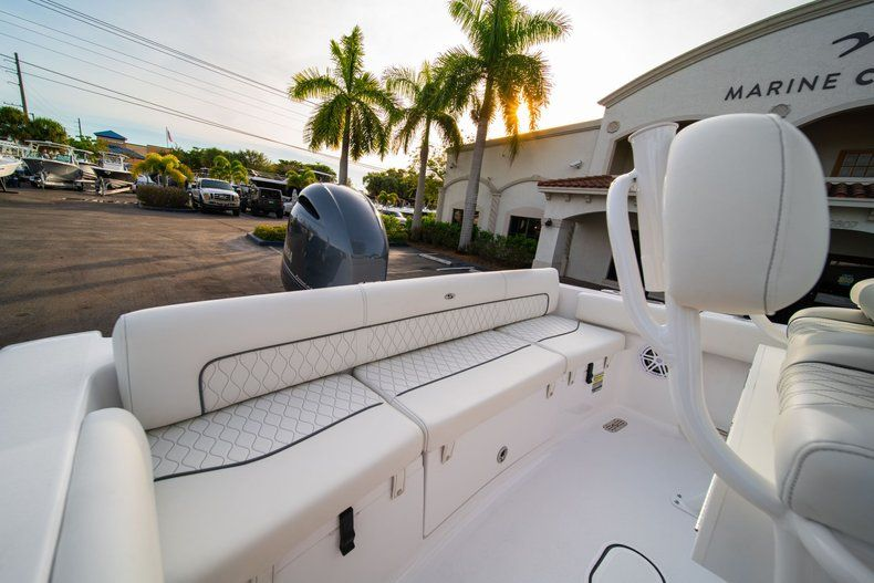 Thumbnail 9 for New 2020 Sportsman Heritage 211 Center Console boat for sale in Vero Beach, FL