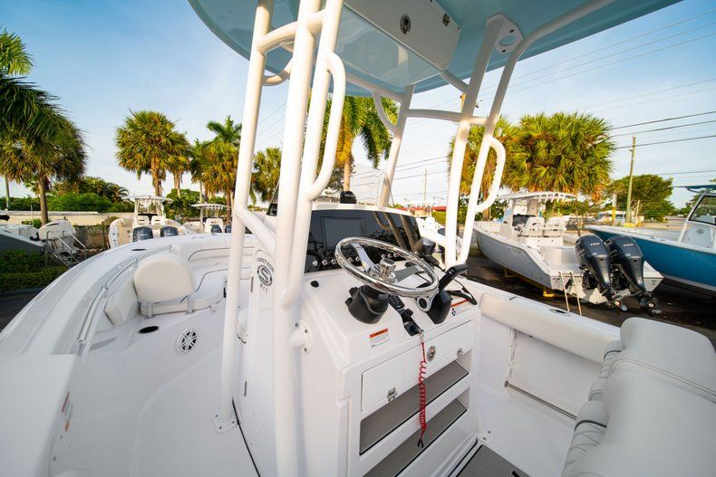 Thumbnail 24 for New 2020 Sportsman Heritage 211 Center Console boat for sale in Vero Beach, FL