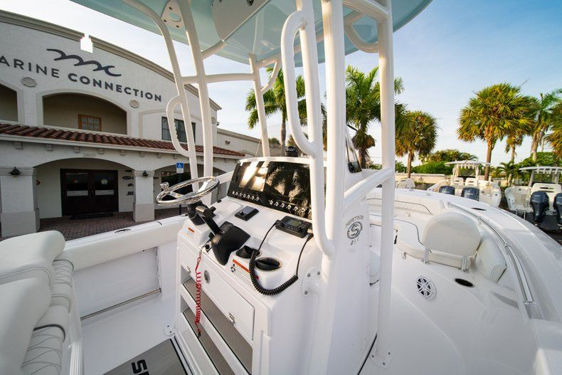 Thumbnail 20 for New 2020 Sportsman Heritage 211 Center Console boat for sale in Vero Beach, FL