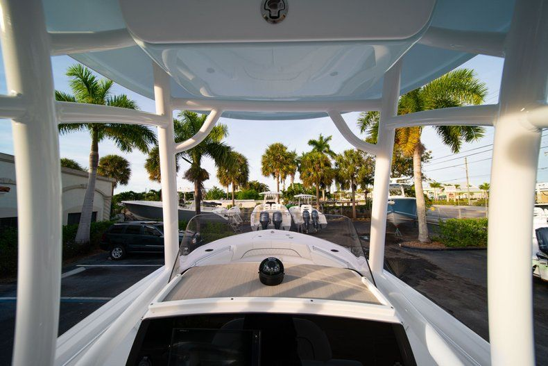 Thumbnail 26 for New 2020 Sportsman Heritage 211 Center Console boat for sale in Vero Beach, FL