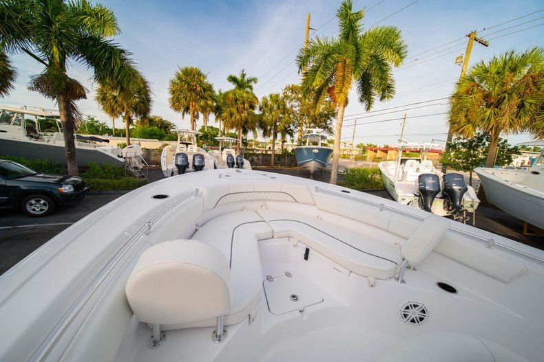 Thumbnail 31 for New 2020 Sportsman Heritage 211 Center Console boat for sale in Vero Beach, FL