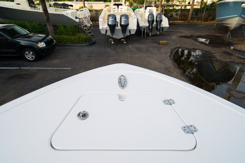 Thumbnail 35 for New 2020 Sportsman Heritage 211 Center Console boat for sale in Vero Beach, FL
