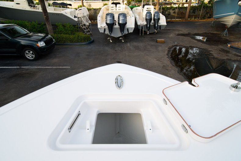 Thumbnail 36 for New 2020 Sportsman Heritage 211 Center Console boat for sale in Vero Beach, FL