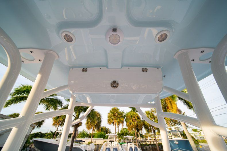 Thumbnail 25 for New 2020 Sportsman Heritage 211 Center Console boat for sale in Vero Beach, FL