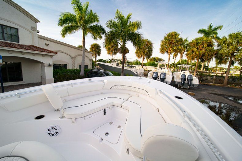 Thumbnail 29 for New 2020 Sportsman Heritage 211 Center Console boat for sale in Vero Beach, FL