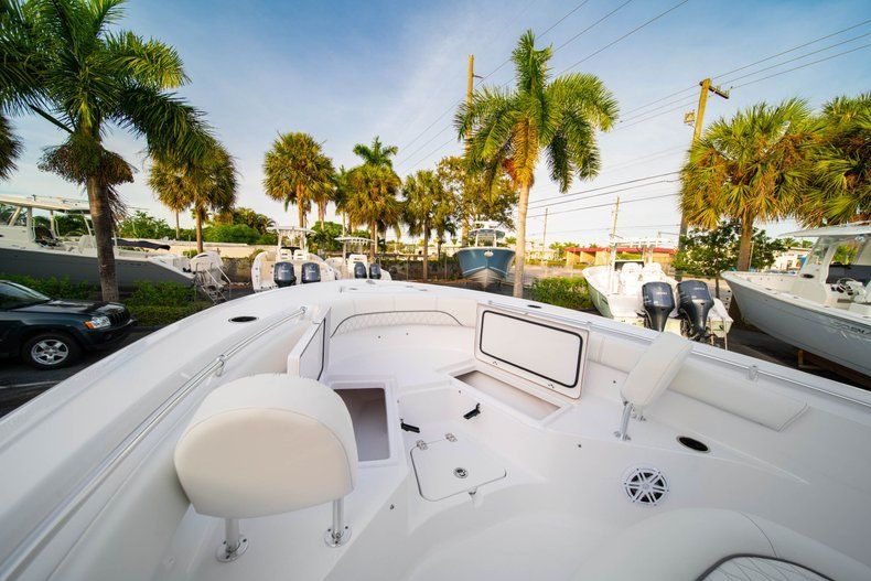 Thumbnail 32 for New 2020 Sportsman Heritage 211 Center Console boat for sale in Vero Beach, FL