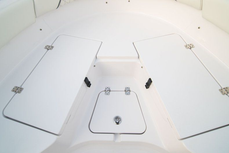 Thumbnail 33 for New 2020 Sportsman Heritage 211 Center Console boat for sale in Vero Beach, FL