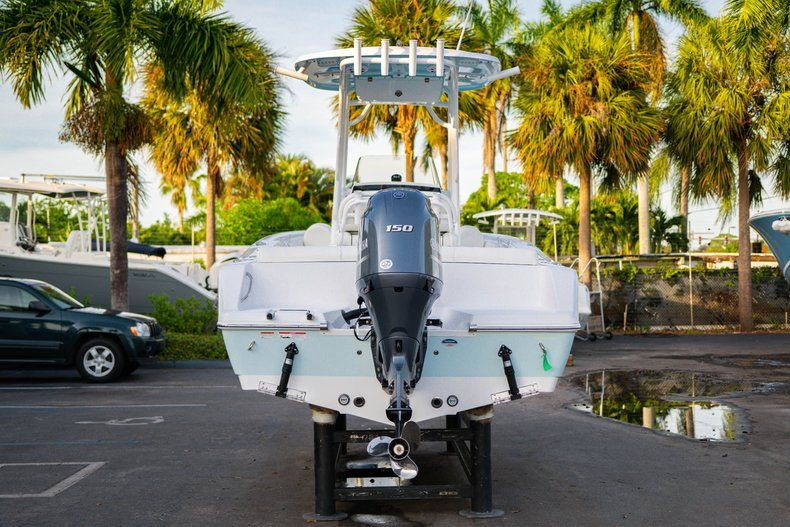 Thumbnail 6 for New 2020 Sportsman Heritage 211 Center Console boat for sale in Vero Beach, FL
