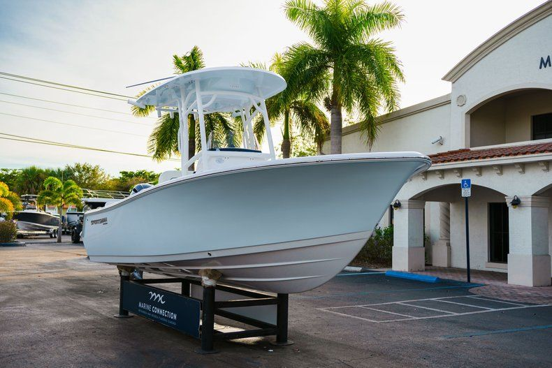 Thumbnail 1 for New 2020 Sportsman Heritage 211 Center Console boat for sale in Vero Beach, FL