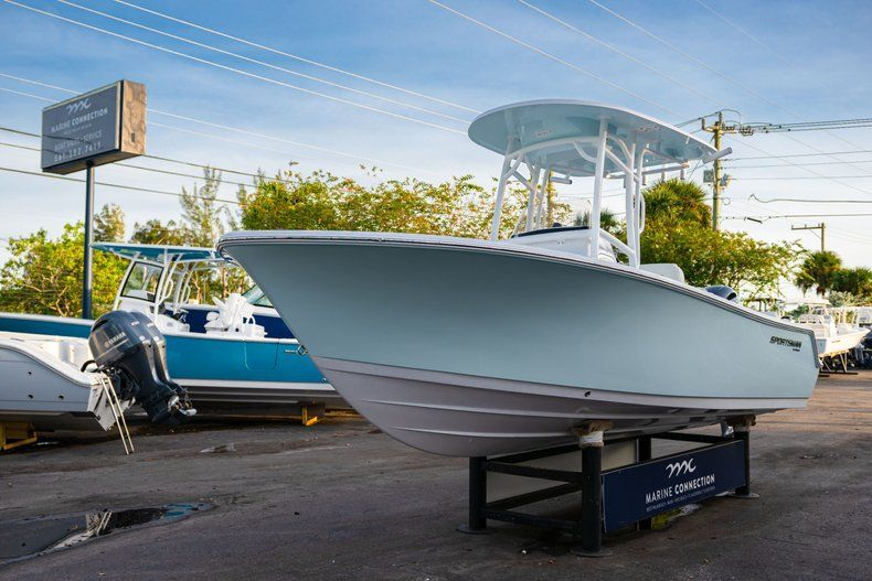 Thumbnail 3 for New 2020 Sportsman Heritage 211 Center Console boat for sale in Vero Beach, FL
