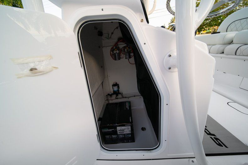 Thumbnail 28 for New 2020 Sportsman Heritage 211 Center Console boat for sale in Vero Beach, FL