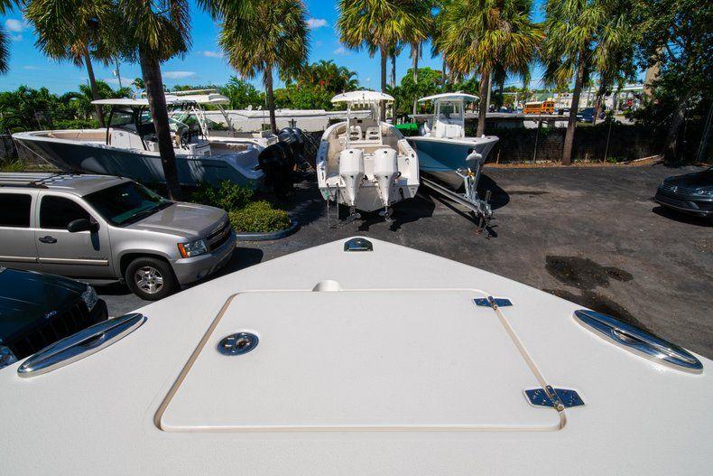 Thumbnail 38 for New 2020 Cobia 262 CC Center Console boat for sale in Miami, FL