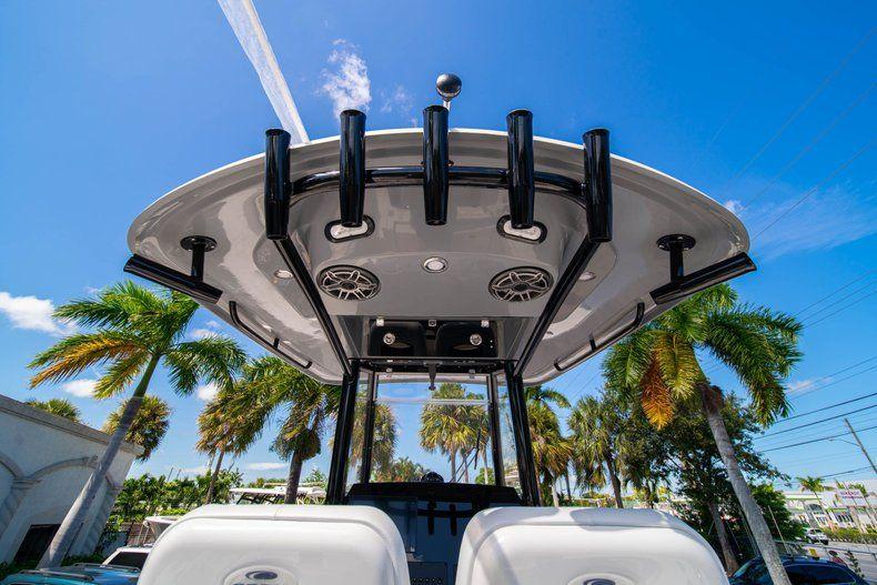 Thumbnail 20 for New 2020 Cobia 262 CC Center Console boat for sale in Miami, FL