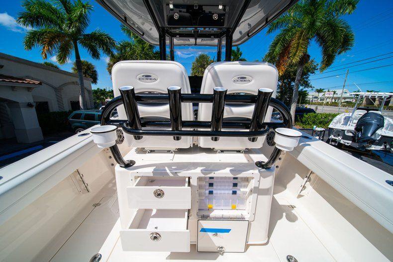 Thumbnail 19 for New 2020 Cobia 262 CC Center Console boat for sale in Miami, FL