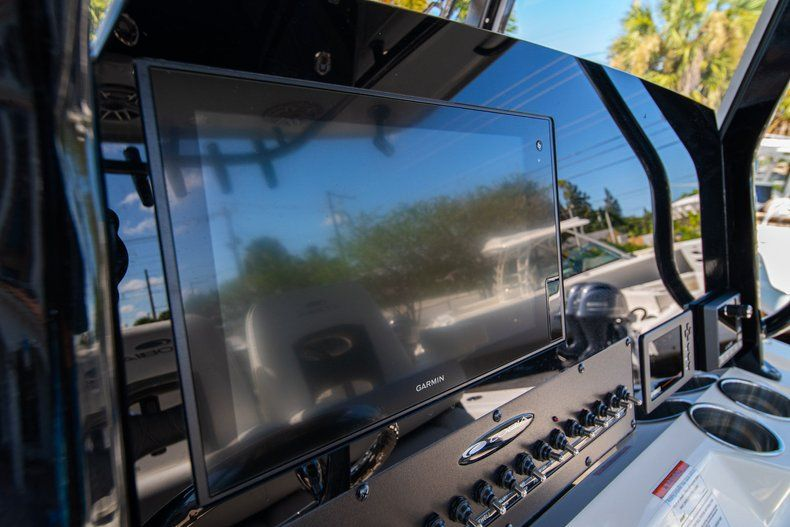 Thumbnail 23 for New 2020 Cobia 262 CC Center Console boat for sale in West Palm Beach, FL