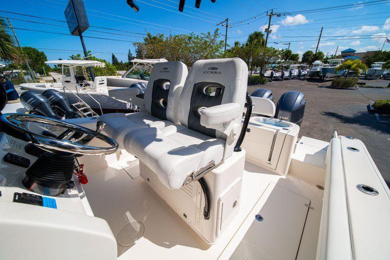 Thumbnail 31 for New 2020 Cobia 262 CC Center Console boat for sale in Miami, FL