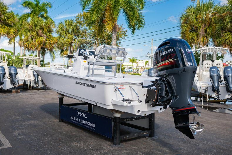 Thumbnail 5 for New 2020 Sportsman Tournament 214 SBX Bay Boat boat for sale in West Palm Beach, FL