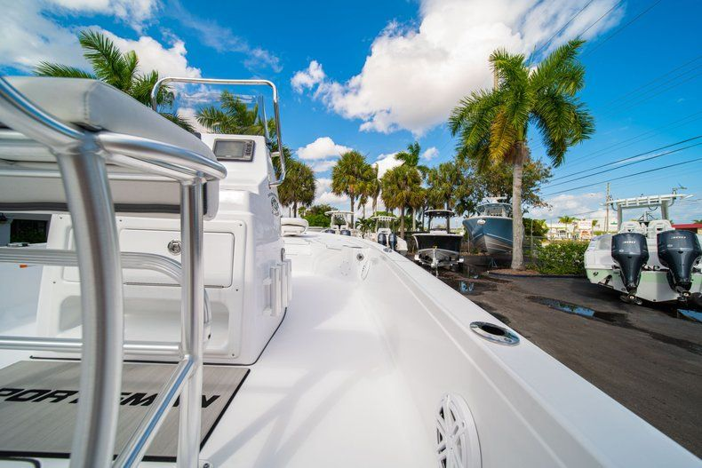 Thumbnail 12 for New 2020 Sportsman Tournament 214 SBX Bay Boat boat for sale in West Palm Beach, FL