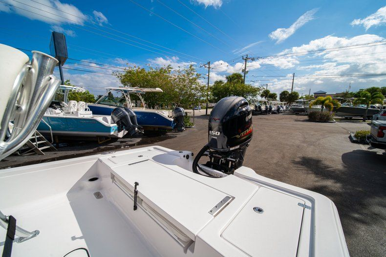 Thumbnail 10 for New 2020 Sportsman Tournament 214 SBX Bay Boat boat for sale in West Palm Beach, FL