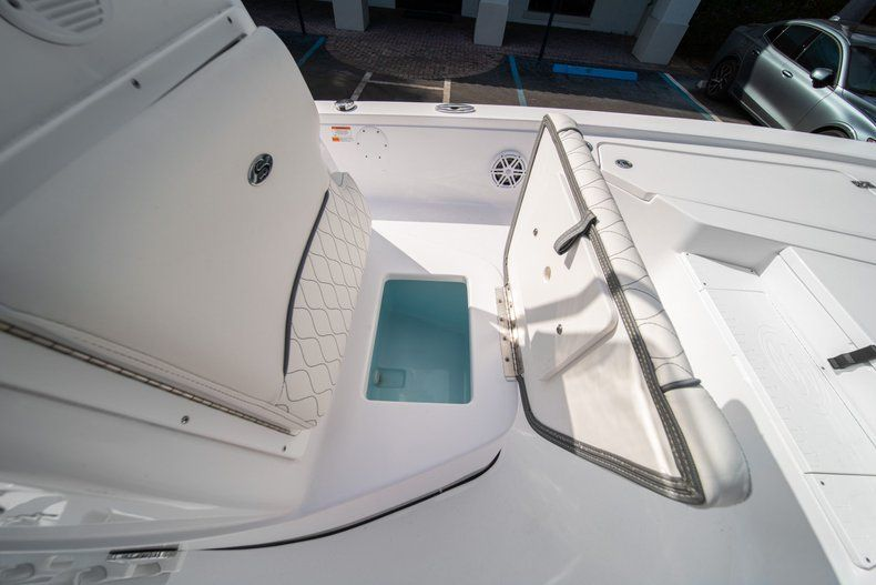 Thumbnail 28 for New 2020 Sportsman Tournament 214 SBX Bay Boat boat for sale in West Palm Beach, FL