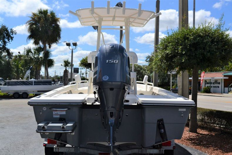 Thumbnail 4 for New 2020 Pathfinder 2200 TRS boat for sale in Fort Lauderdale, FL