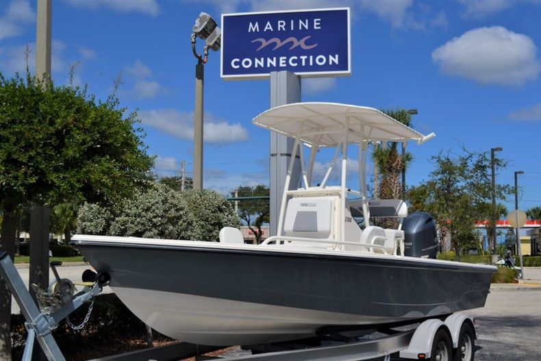 Thumbnail 1 for New 2020 Pathfinder 2200 TRS boat for sale in Fort Lauderdale, FL