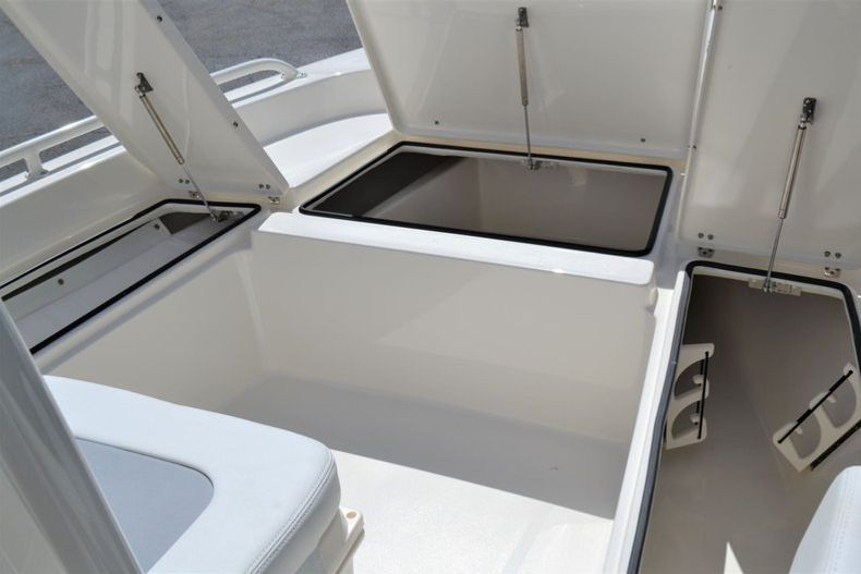 Thumbnail 17 for New 2020 Pathfinder 2200 TRS boat for sale in Fort Lauderdale, FL