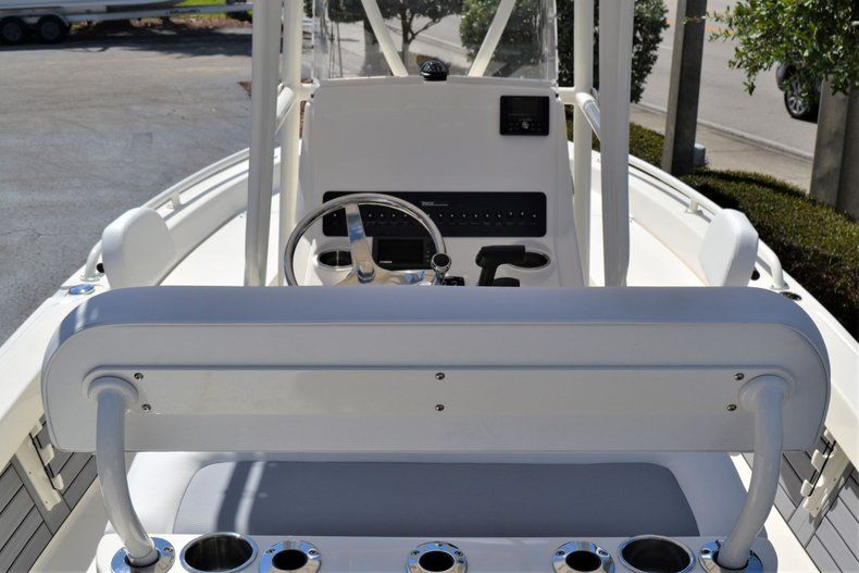 Thumbnail 9 for New 2020 Pathfinder 2200 TRS boat for sale in Fort Lauderdale, FL