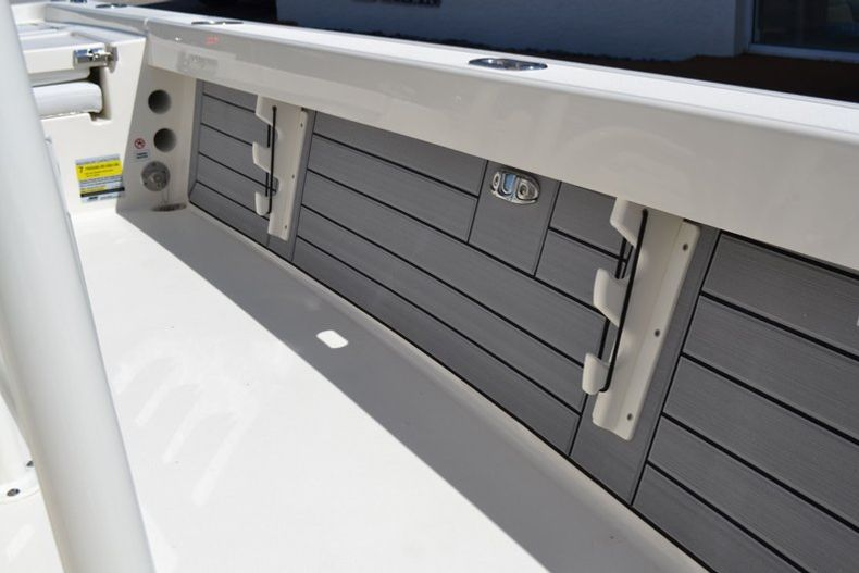 Thumbnail 20 for New 2020 Pathfinder 2200 TRS boat for sale in Fort Lauderdale, FL