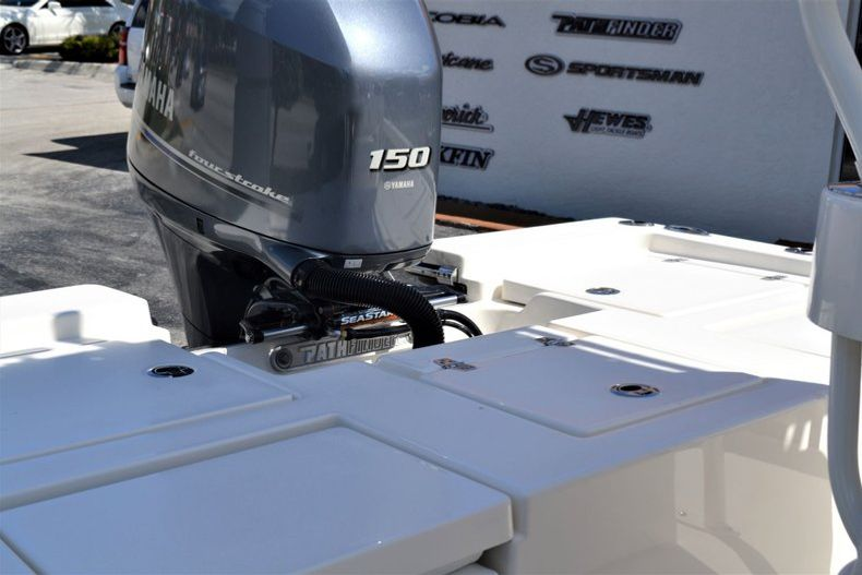 Thumbnail 24 for New 2020 Pathfinder 2200 TRS boat for sale in Fort Lauderdale, FL